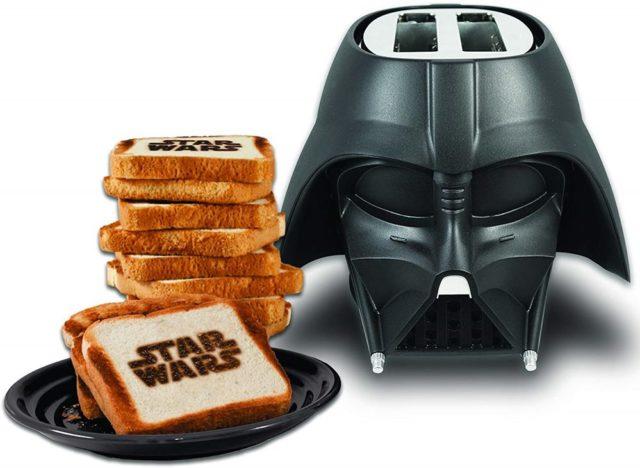 Darth Vader Star Wars Toaster. Frühstücken mit Darth Vader. Denn was wäre ein Toast ohne die dunkle Seite
